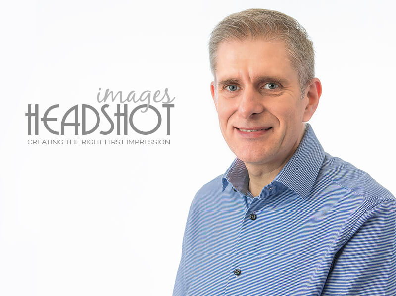 professional white backdrop headshot images